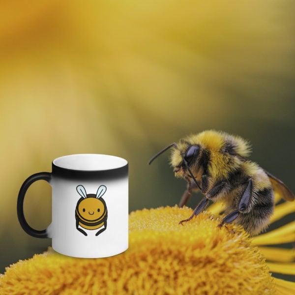 MagischeTasse   Tier-Zaubertasse   Die Zaubertasse für alle Bienen-Liebhaber!