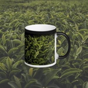 MagischeTasse | Einfach nur Tee! Foto-Zaubertasse mit grünen Teeblättern