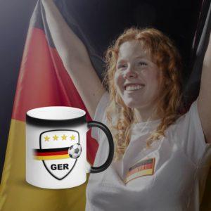 MagischeTasse | Zaubertasse mit Deutschland Fußball Wappen & Schweif